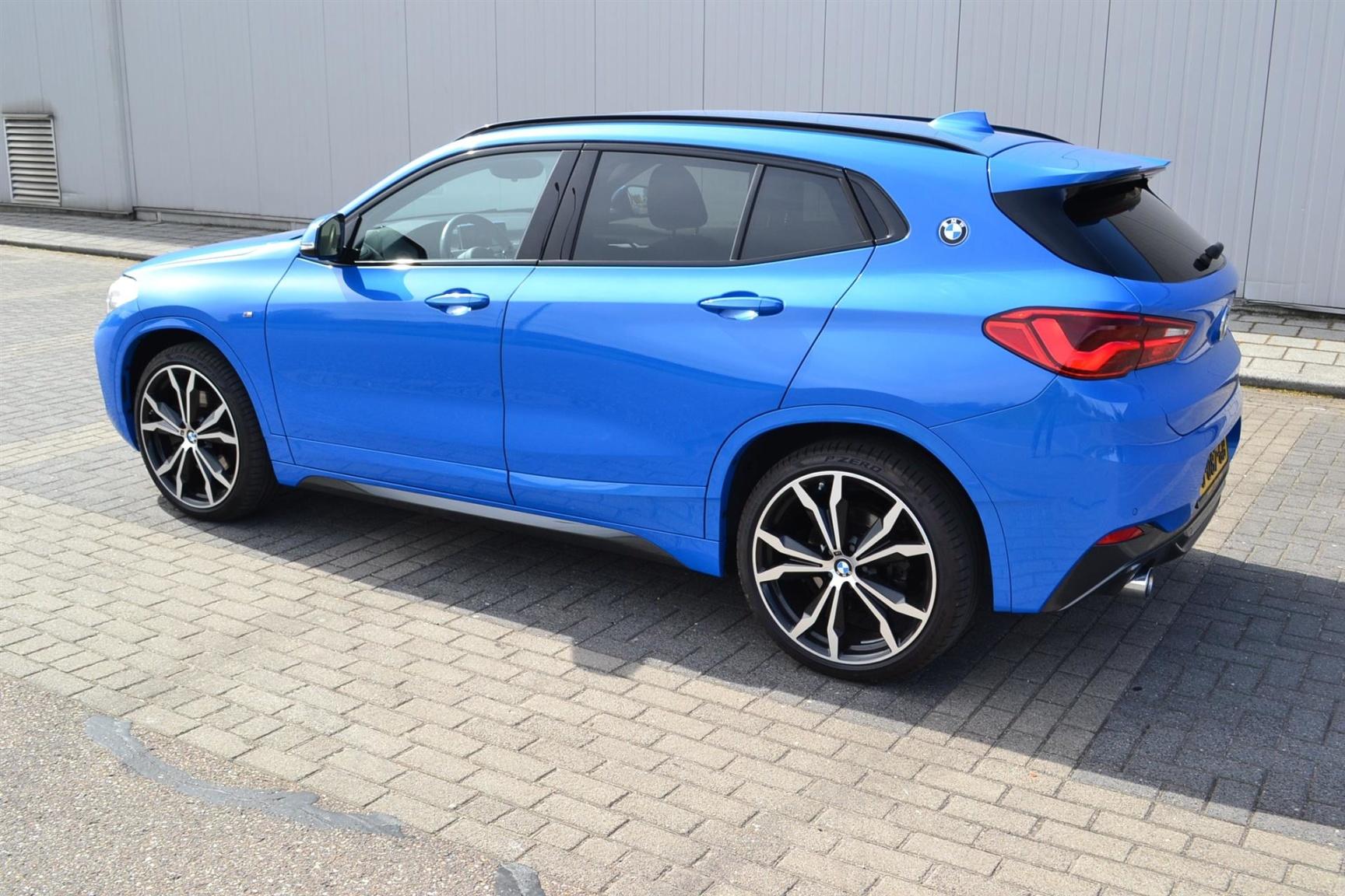 BMW-X2 XDRIVE20I-24