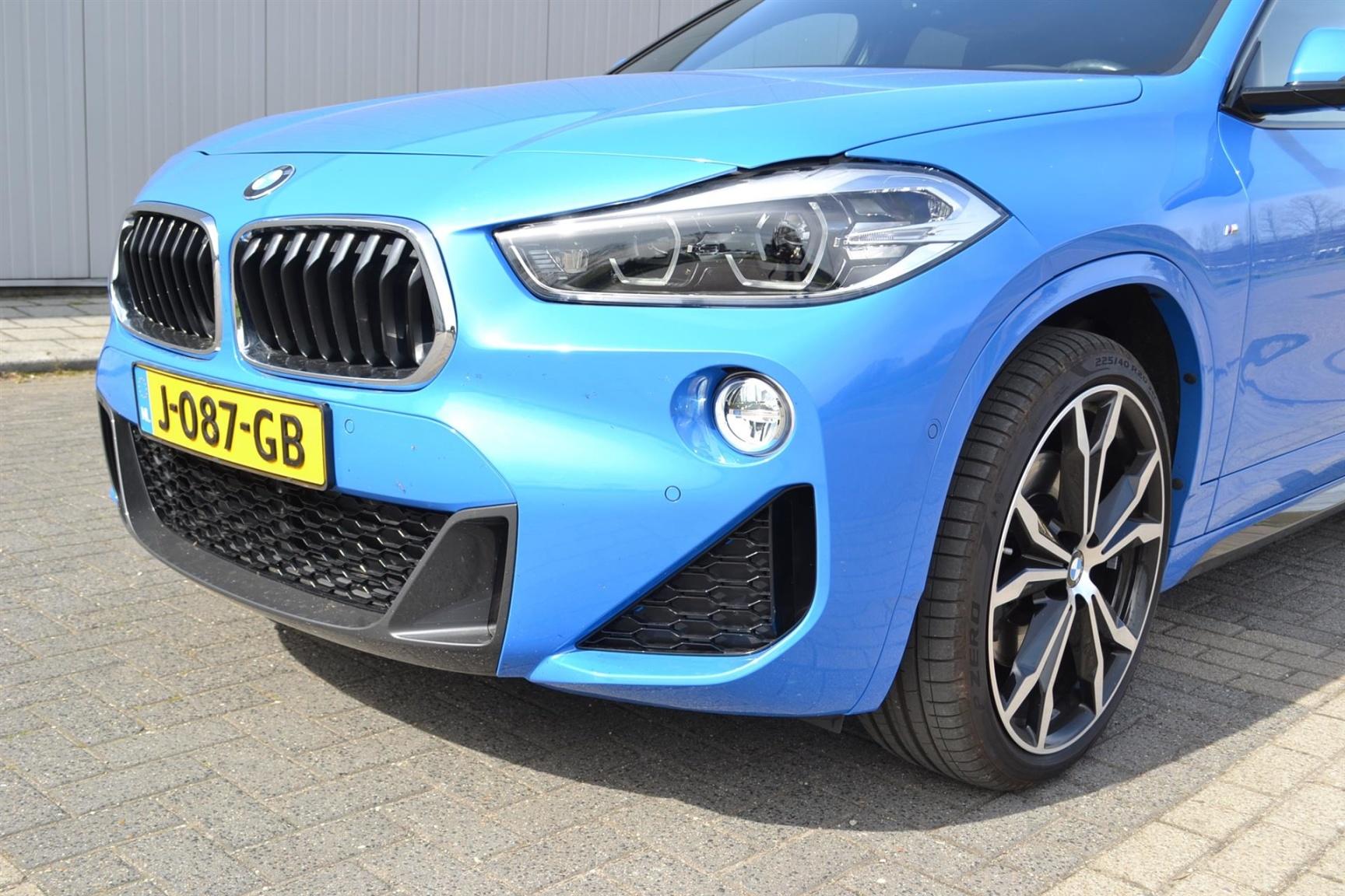 BMW-X2 XDRIVE20I-33
