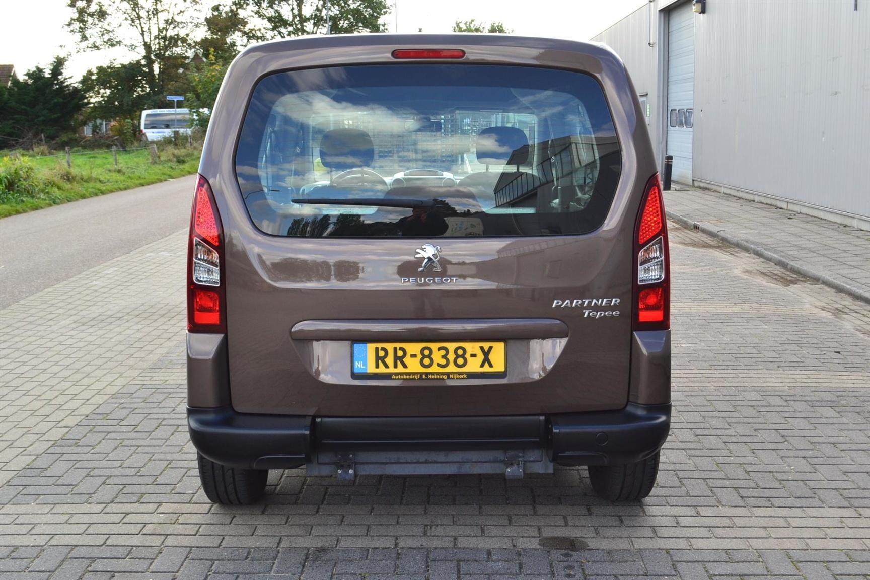 Peugeot-Partner-36