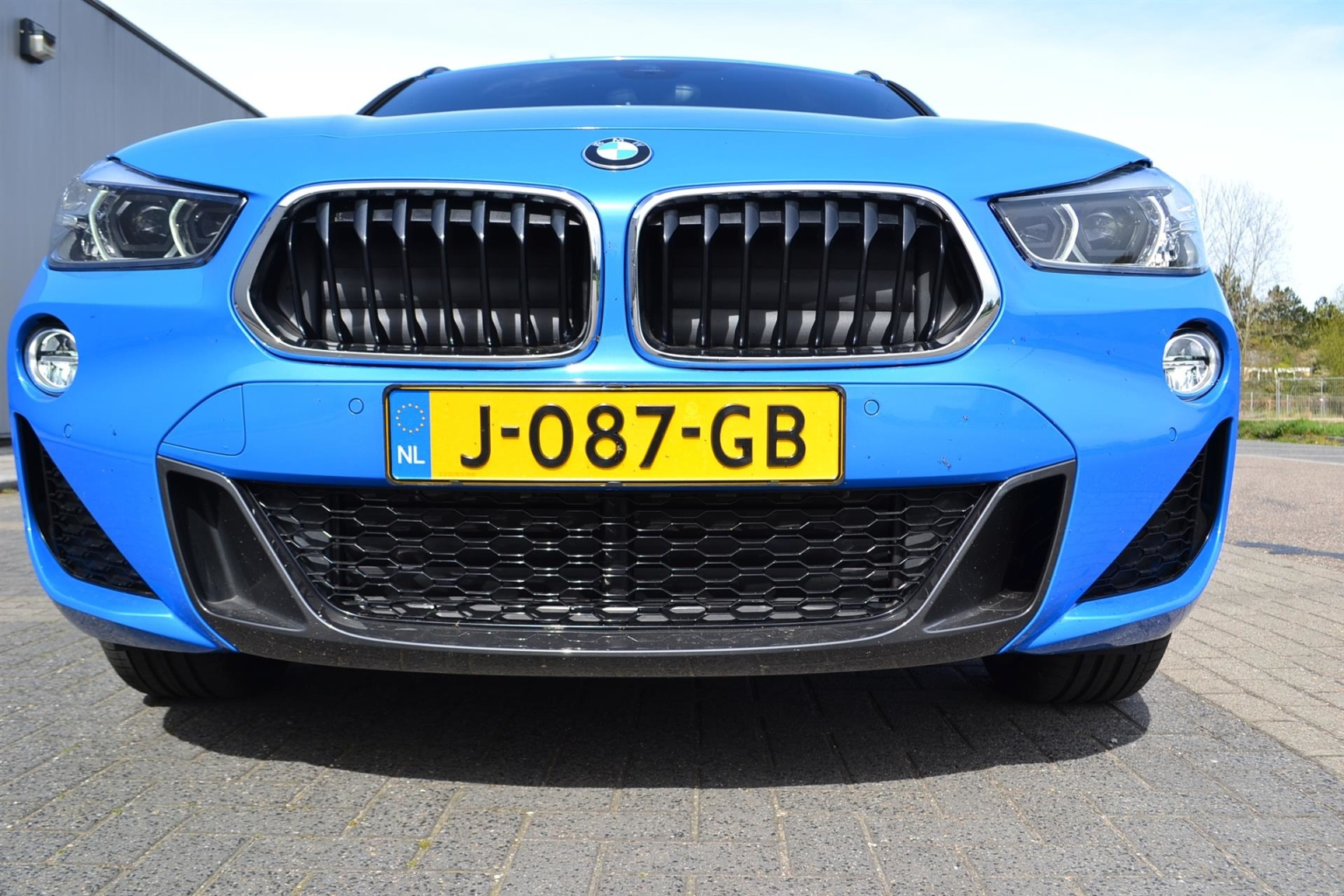 BMW-X2 XDRIVE20I-37