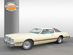Ford-Thunderbird-0