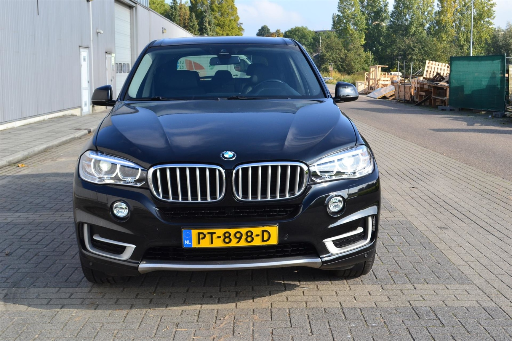 BMW-X5-19