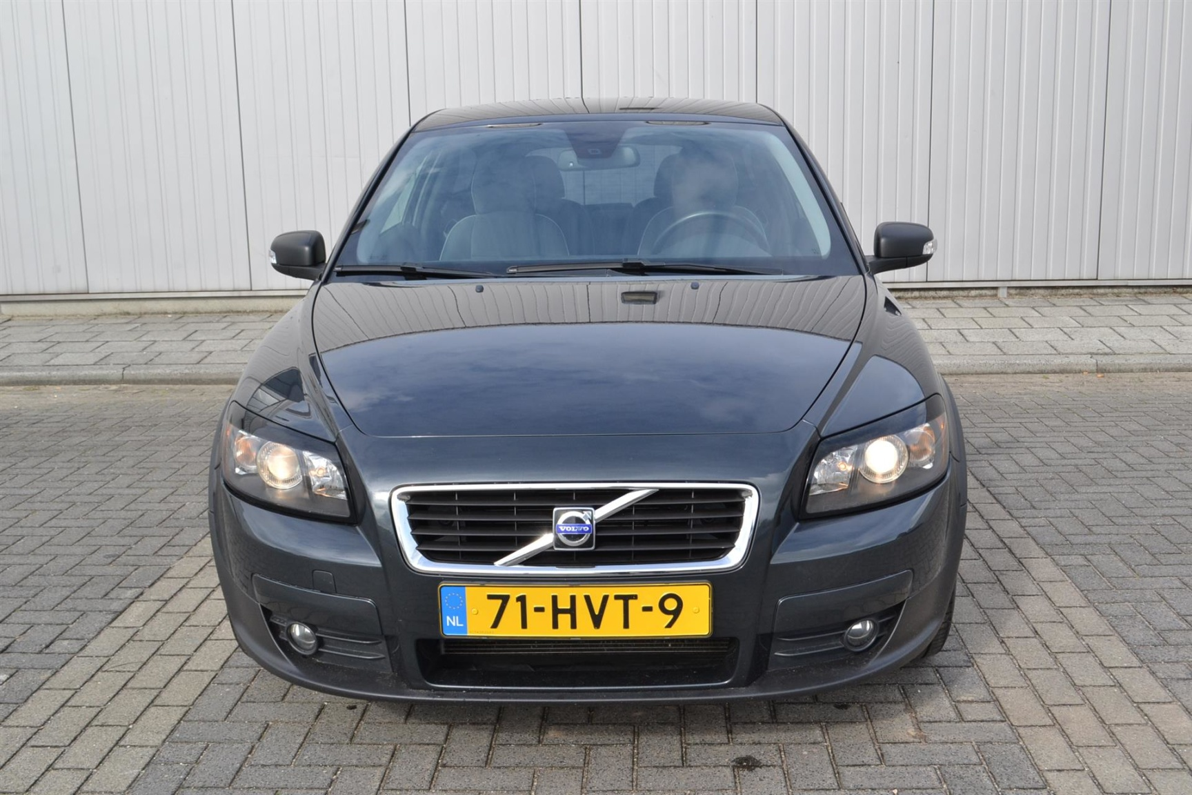 Volvo-C30-1