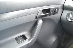 Volkswagen-Caddy-17