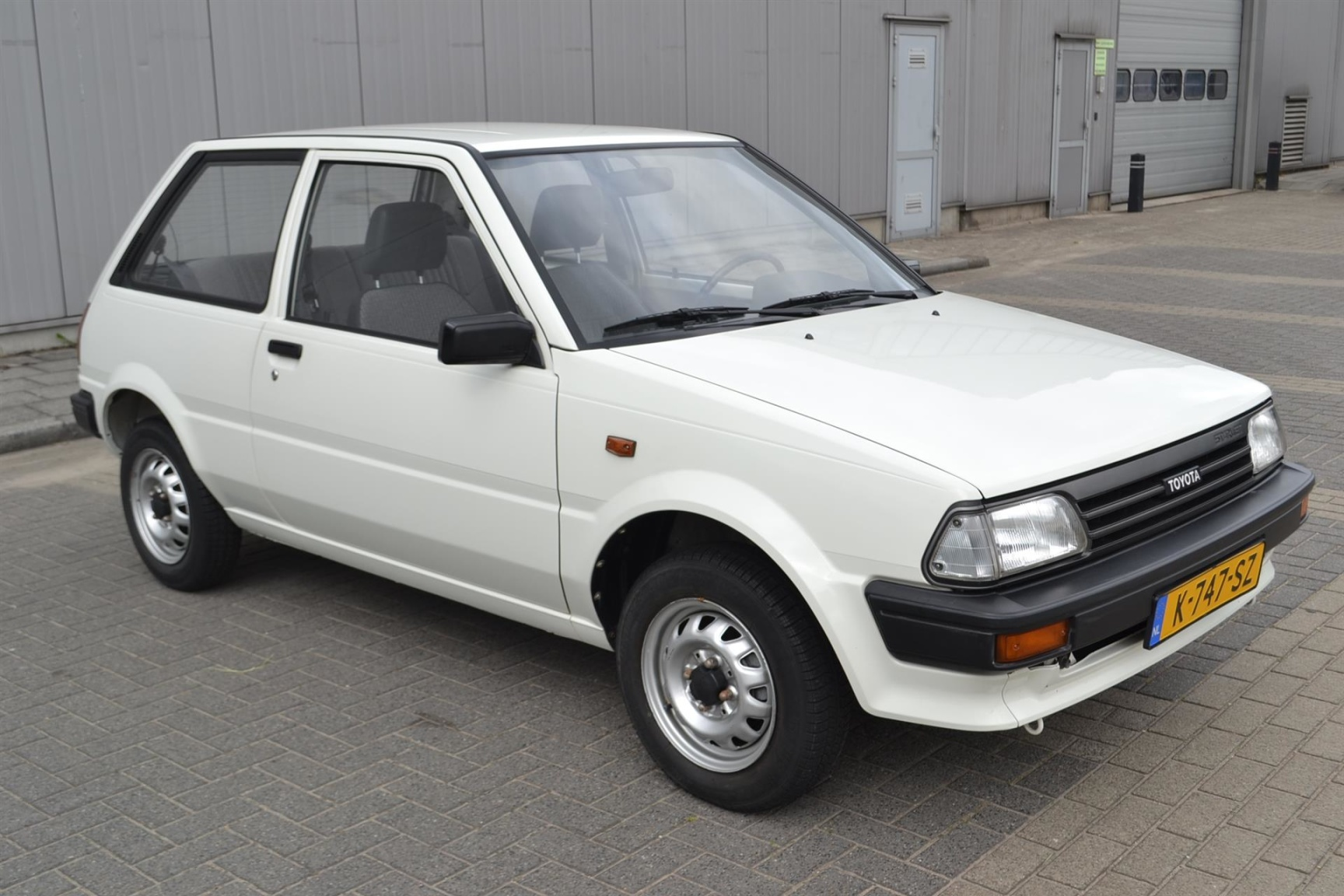 Toyota-Starlet-2