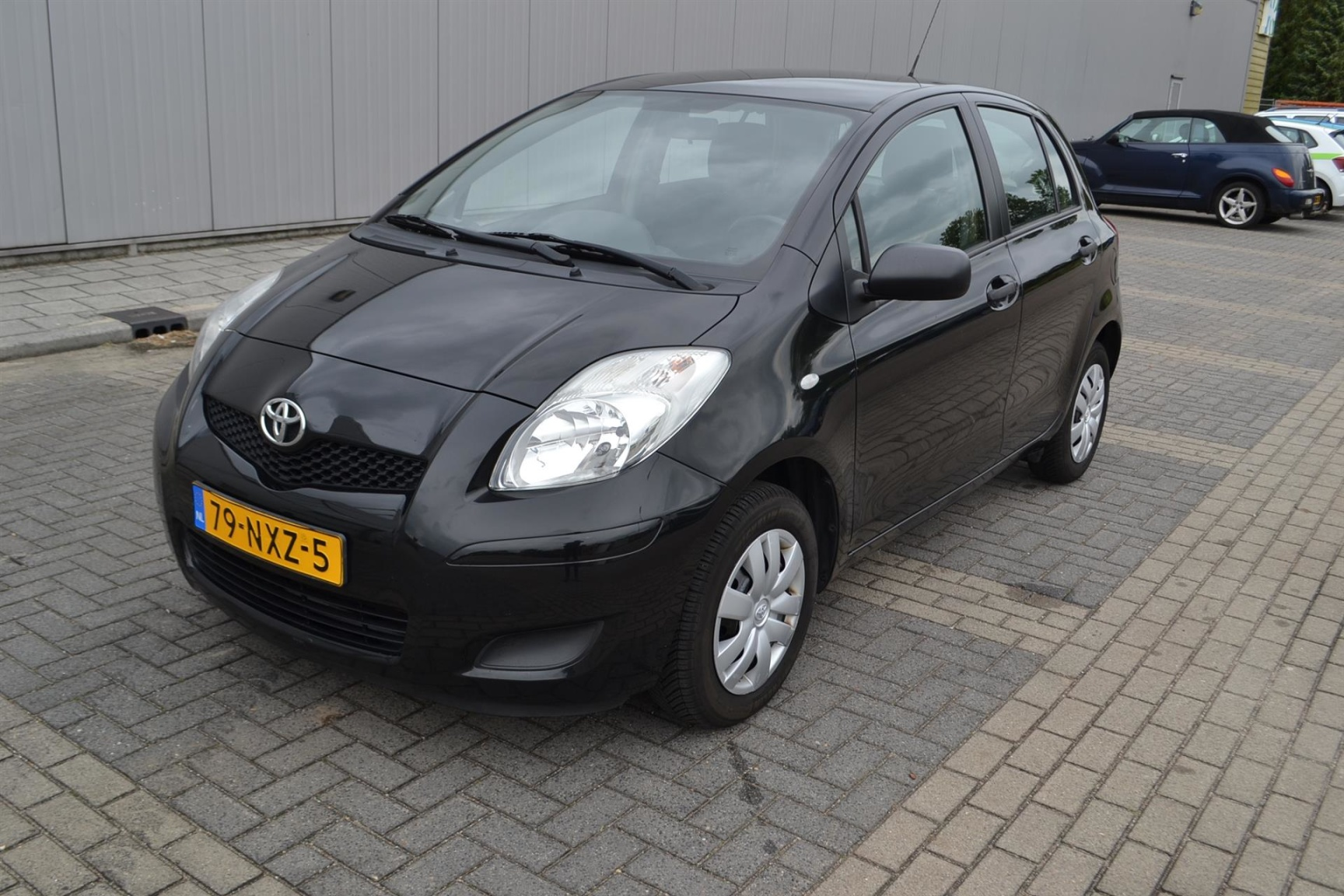 Toyota-Yaris-19